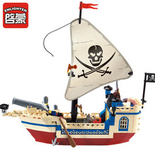 Enlighten Intellectual Assembling Toys 304 pcs Pirate Ship Building Bricks Blocks Sets Figures Minifigures compatible with legoe недорго, оригинальная цена