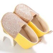 Модная весенне-летняя детская хлопковая обувь с мягкой подошвой для новорожденных и маленьких девочек; блестящие мокасины для детей 0-18 месяцев; Новинка