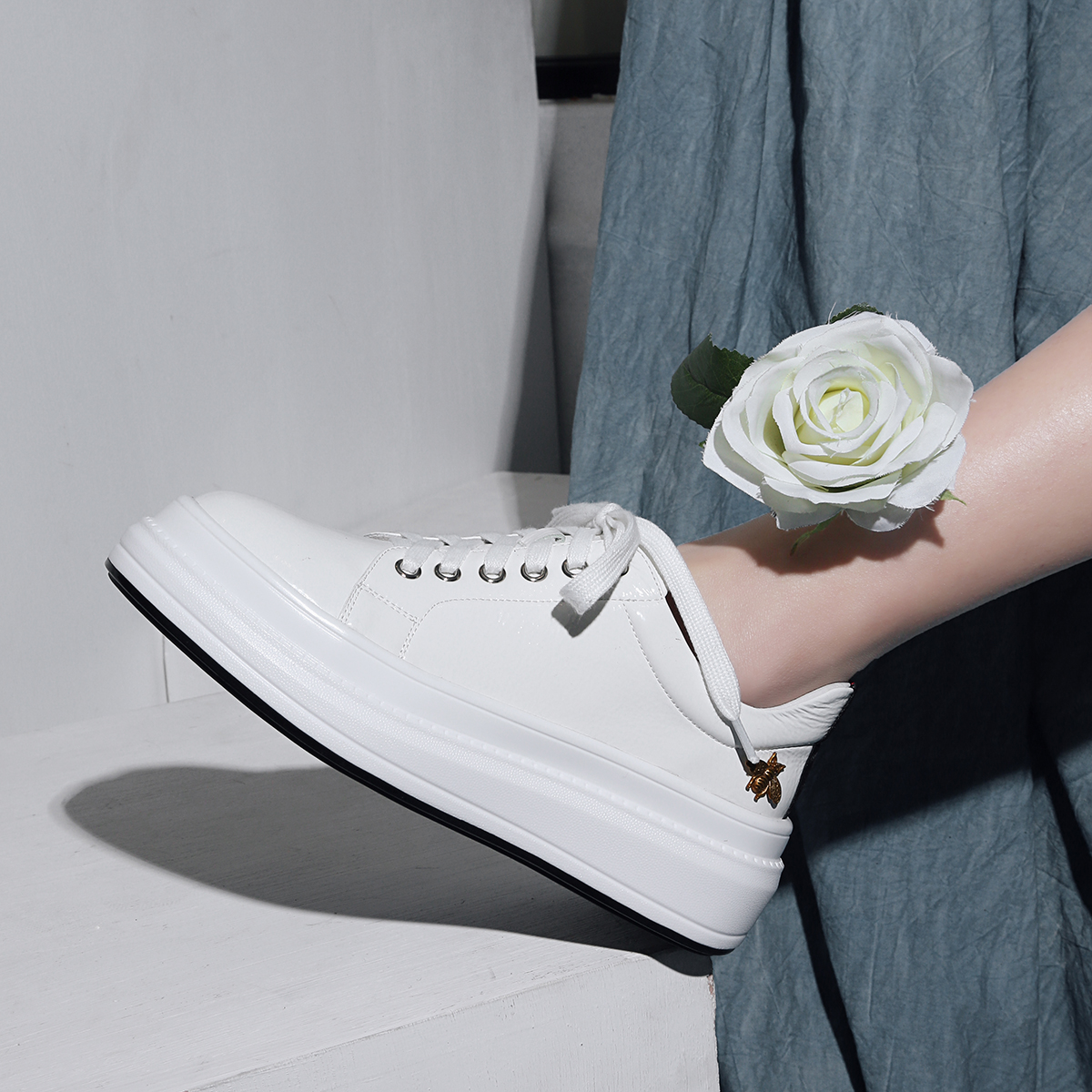INDACO 2019 Women Sneakers Leather White Shoes Woman Shoes Fashions 34-40