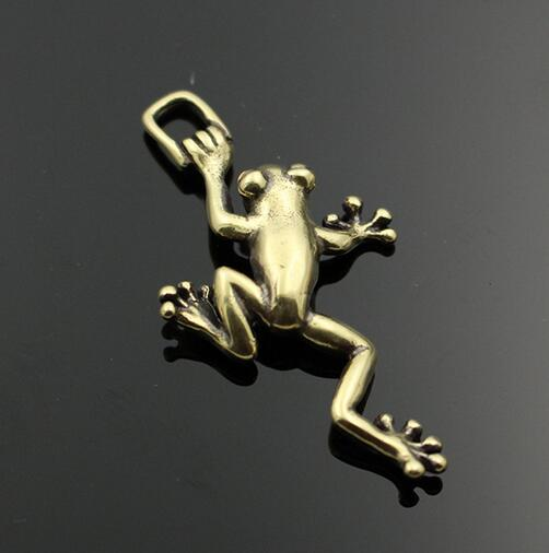 Chinese Brass Carving Frog Prince Hanging Cartoon Hangers DIY Luggage Accessories Key Buckle Pendant Animal Statue