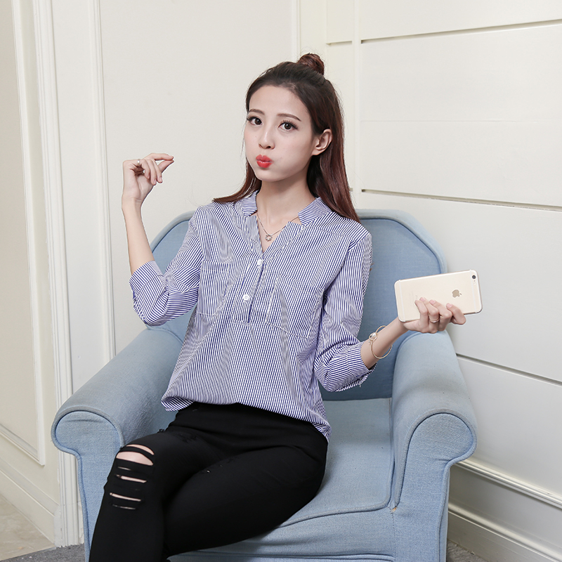 New Spring Women Shirts Striped Stand Neck V-Neck Small Classic Comfortable Set Head Wave Blouse Shirt Seven Points 5320