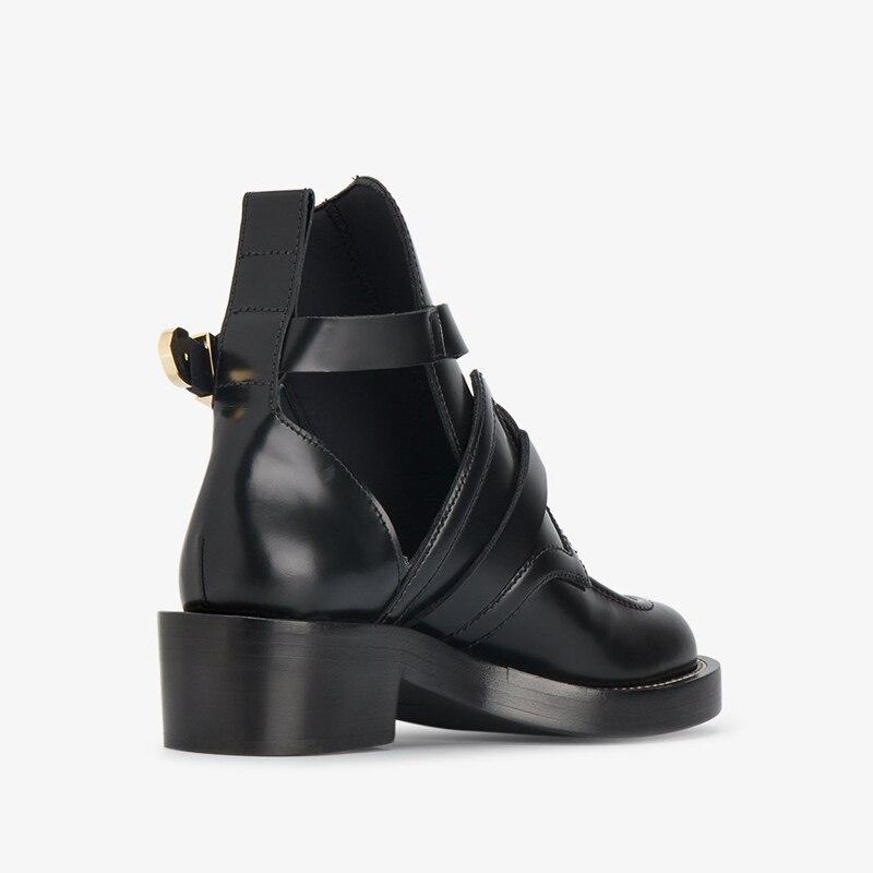 balenciaga-black-apron-leather-ankle-boots_11501829_11680429_1000