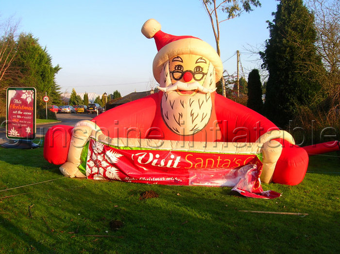 2016 new 3mLong roof top inflatable christmas inflatable santa for holidays