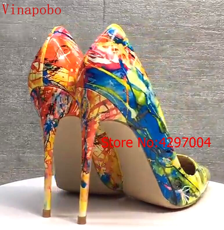 Women yellow Blue flowers printing pumps Patent Leather sexy pointed toe Stilettos high heel party wedding shoes 12cm stilettos-in Women's Pumps from Shoes    3
