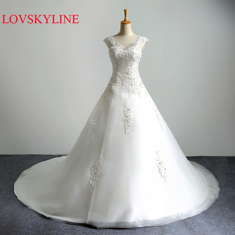 2018 New Real Picture Lace Up Embroidery Beading Classic V-neck Long Train Wedding Dress Princess Wedding Dress 2018 Gown