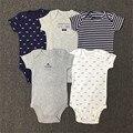 2017 Nuevos Bebés del Resorte de la Ropa de Rayas Recién Nacido 3 Unids conjunto Camiseta + Romper + Pantalones de Niño de Ropa de Moda 15E