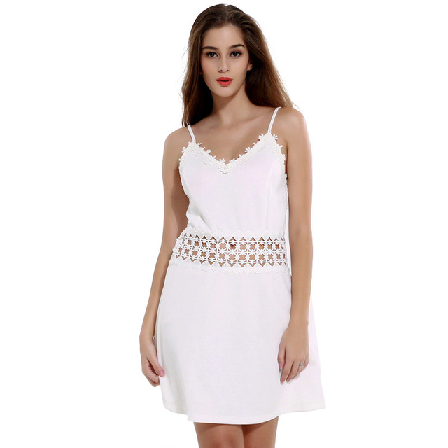 Летняя мода v-образным вырезом слинг холтер dress женщин сексуальный полые кружева сращивание спинки белые платья