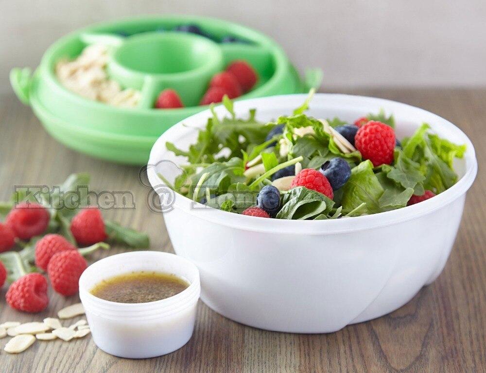 Plastic slakom met dressing saus cup vork salade gaan kit of