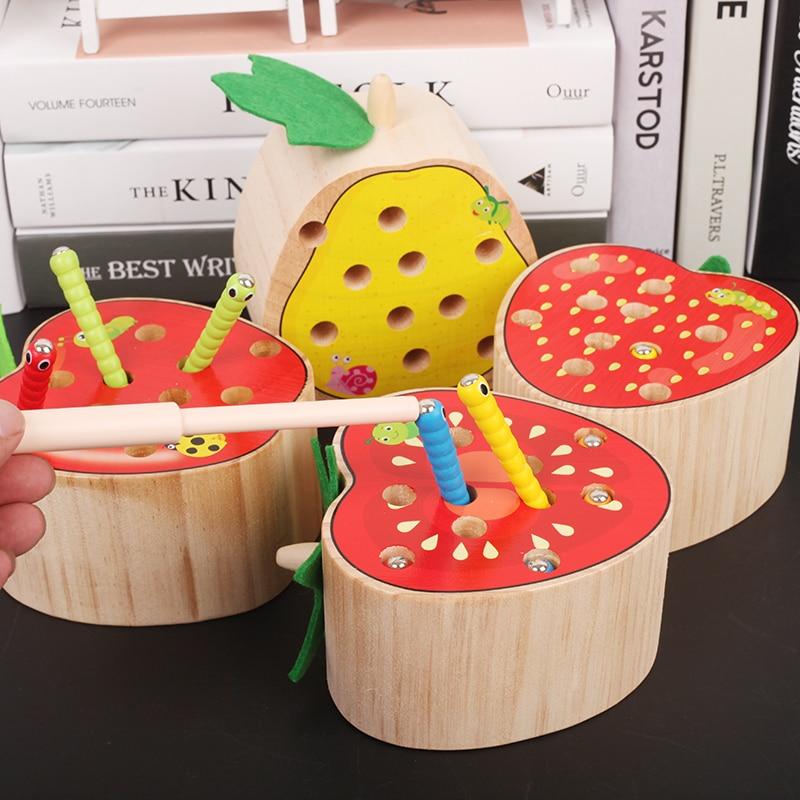 Bois de campêche En Bois jouet Bébé D'apprentissage et jouet Éducatif Attraper des insectes Jeu Apple Poire Tomate Fraise Fruits Comptage Mathématiques Jouet