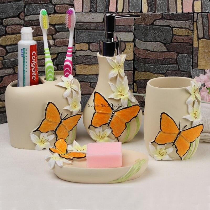 الأوروبية الرعوية نمط غسل أربعة قطعة الراتنج الحمام خمس قطعة الحمام مستلزمات الفم كوب فرشاة أسنان حامل زجاجة محلول-في أطقم إكسسوارات الحمام من المنزل والحديقة على  مجموعة 2