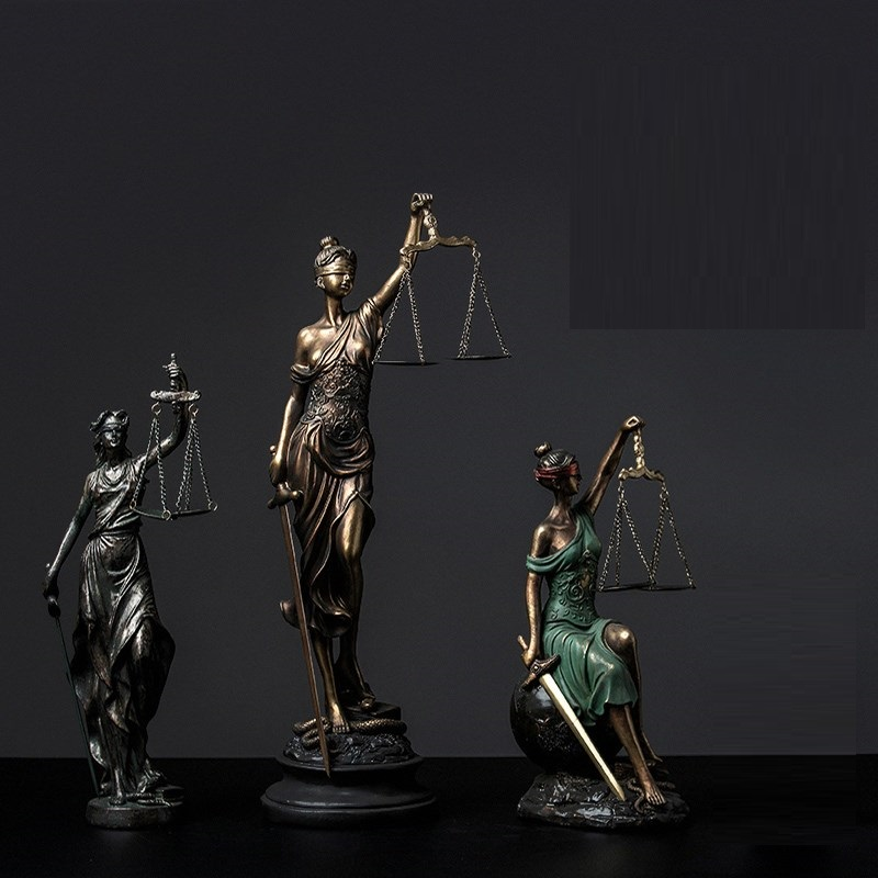Greek Fair Justice Goddess Resin Statue People Ornaments Retro Crafts Home Decoration Accessories Living Room R868