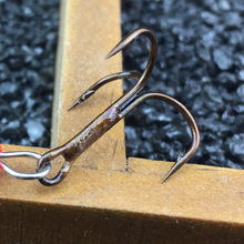 1Pcs 6cm 2.5g  Fishing Lure Hook Mepps Spinner Spoon Lures Rotating metal sequins bait Hooks Peche Jig Anzuelos De Pesca WQ8065