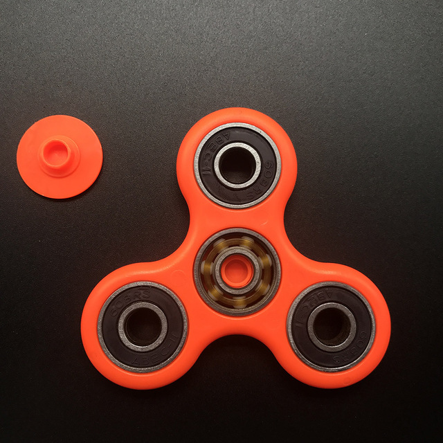 7 Colors Ceramics Beads Tri-Spinner Plastic EDC Hand Spinner For Autism and ADHD Fidget Spinner Long Time Anti Stress Toys