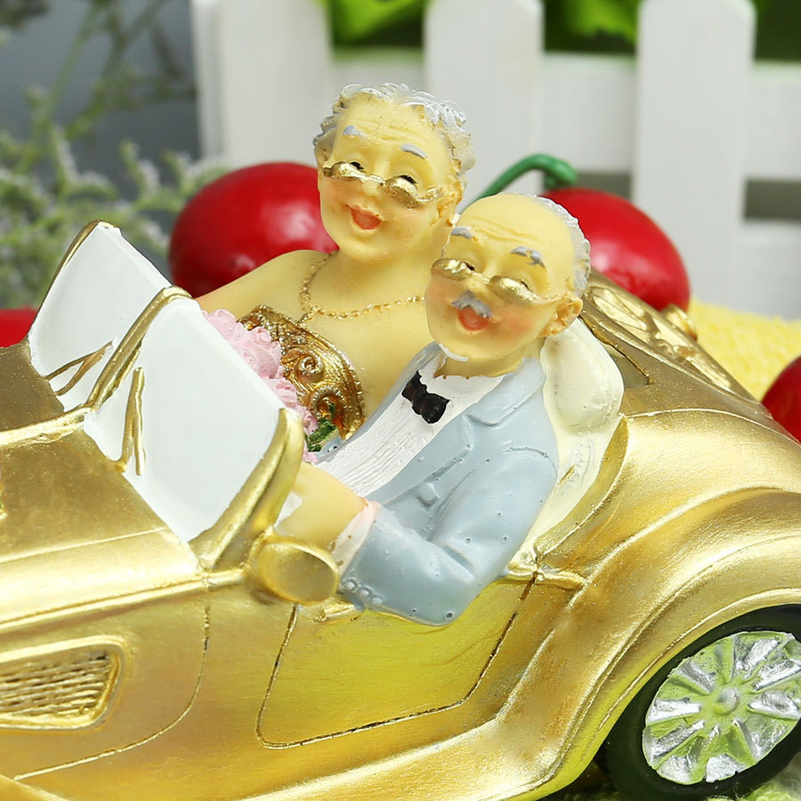 New bride and groom cake topper 50th anniversary Romantic Wedding ...