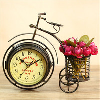 Double sided Mute Clock Retro Creative Home Metal Crafts Living Room Decoration Ornaments Bicycle Seat Clocks Desk Clock