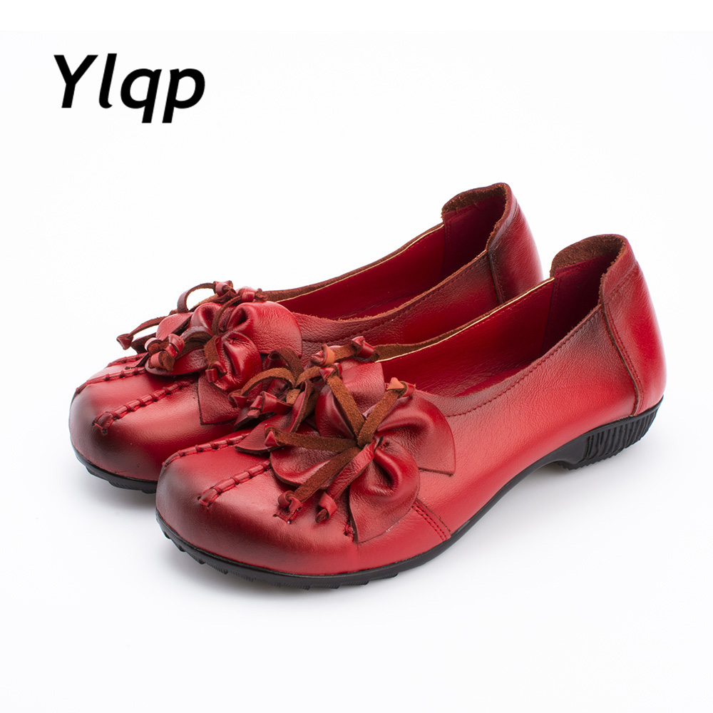 2018 New Autumn Women Flats Genuine Leather Shoes Women Casual Loafers Flower Flat Heel Shoes Soft Outsole Handmade Flats Women
