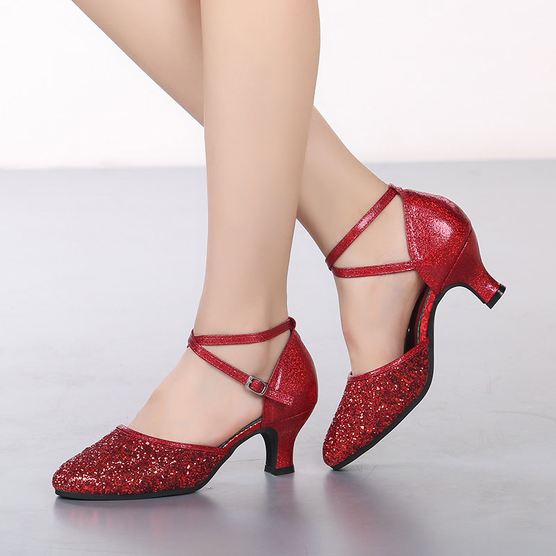 Red Modern Dance Shoes for Women Ladies Closed Toe Ballroom Tango Dance Shoes Prom Party Costumes Glitter Mid Heeled Shoes
