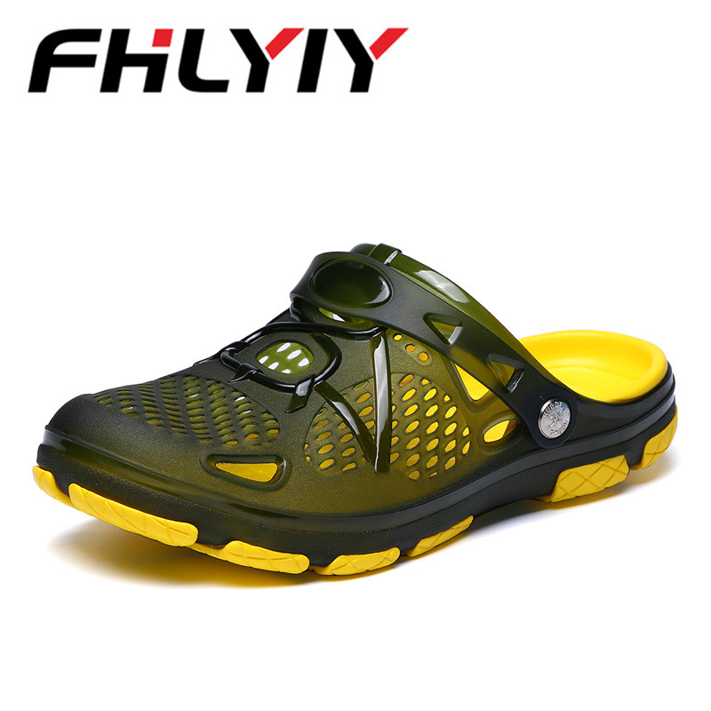 Men Sandals New Summer Style Men Beach Shoes Hollow Slippers Hole Breathable Flip Flops Non Slip Sandals Men Clogs Outside 2018 summer new arrived fashion men outside beach slippers thick sole comfortable flip flops waterproof non slip home floor shoe