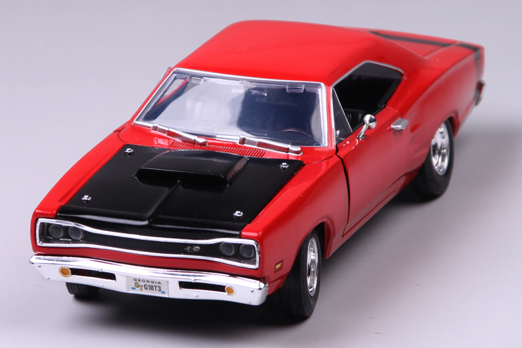 High simulation high quality alloy <font><b>car</b></font> model,1:24 <font><b>scale</b></font> alloy Ford Crown Super Bee 1969,Gift Package,free shipping image