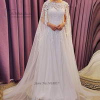 Arabic Wedding Dresses Long Cloak Vintage Lace Wedding Gowns Dubai Muslim Bridal Dresses 2017 A Line Beaded Vestidos de Noivas