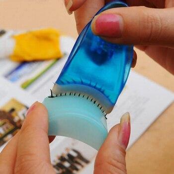 Hot Selling Arc-shaped False Eyelash Applicator Eyelash Clip Mascara Curler Fake Eye Lash Tweezer Make Up Tool Random Color