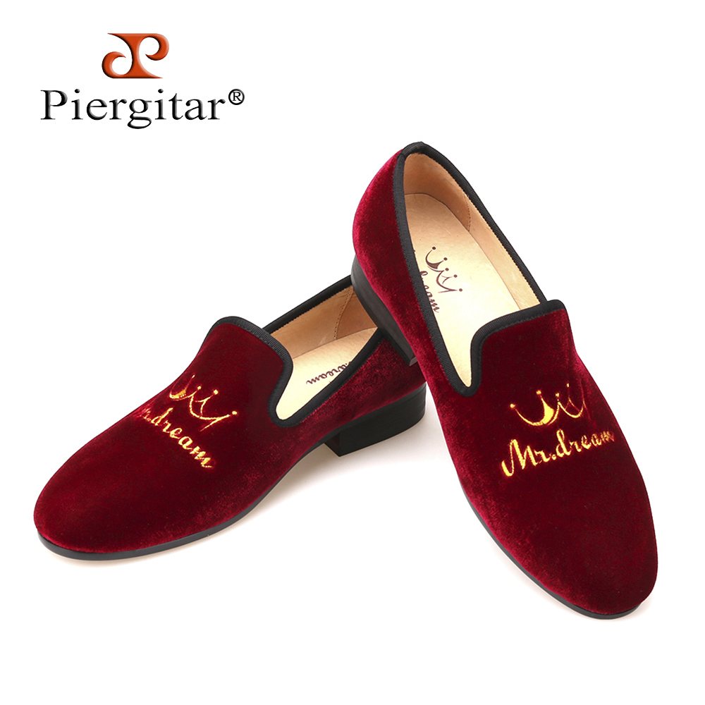 New style crown embroidery handmade men velvet shoes men loafers wedding and party shoes men flats size US 4-14 Free shipping 2016 new fashion embroidery genuine leather man shoes handmade wedding and party male loafers men flats size 39 47 free shipping