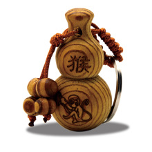 Feng Shui Peach Wood The Chinese Zodiac Gourd wu lou Keychain Wood Carved Amulet Vintage Home Decoration Accessories