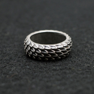1pcs Viking Dragon Rings Jewelry Feather Ring Unique Dragonscale Rings For Women Men Size 8 Antique Silver RG96(China)