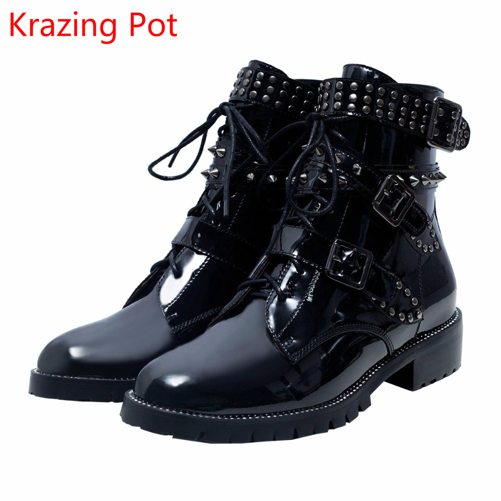 2018 Cow Leather Thick Heels Round Toe Lace Up Rivets Keep Warm Winter Boots Superstar Motorcycle Boots Buckle Ankle Boots L6 pair of stylish red tassel drop earrings for women