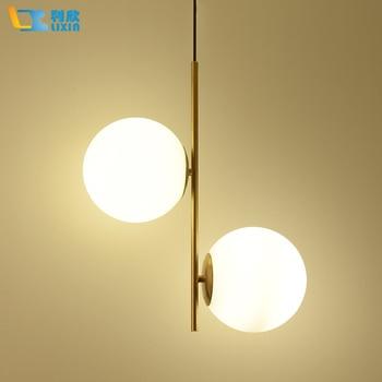 Moderna Lâmpada Pendurada Luz LED Quarto Sala de Jantar Foyer Rodada Bola De Vidro Ouro Ferro Nordic Simples Moderna Lâmpada de Luz Pendente