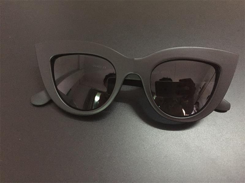 HTB14G.oRFXXXXXsXVXXq6xXFXXXk - Women's cat eye sunglasses ladies Plastic Shades quay eyewear brand designer black pink sunglasses PTC 221