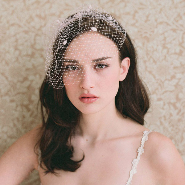 Elegant White Short Wedding Veil With Comb Accessories Bridal Face Coverage Birdcage Dot Blusher