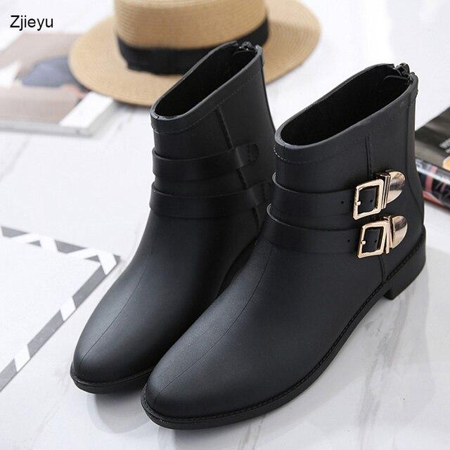 ea1754e196f 2017 nova moda H fêmea tubo curto botas de chuva rainboots sapatos de  fivelas de Inglaterra