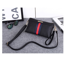 2017 Fashion Brand Design Women Bag Flap Bag Female Shoulder Bags Small Size Bag Popular For Teenager Girls Portable Bag