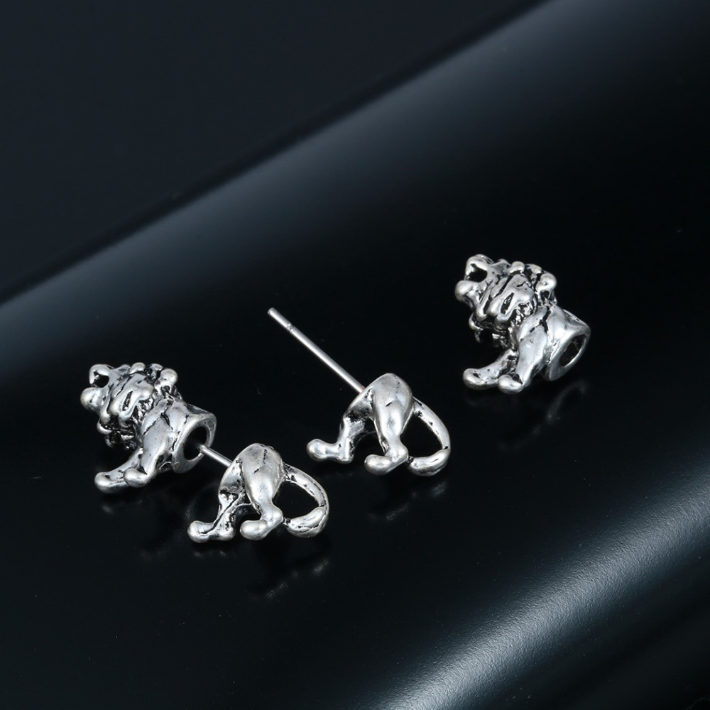 QIMING One Pair Fantastic Jewelry Realistic Lion Studs Animal Studs Two parts earrings for Men women Lovers Nice Earrings