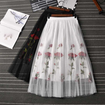 Fashion Pleated Skirt Women Summer 2019 Vintage Rose Embroidery Mesh Tutu Skirt Bohemian A-Line Beach Skirt Female Saia Faldas