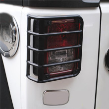2 unids Para Jeep Wrangler JK 07 08 09 10 11 12 13 14 15 de Metal Negro Billet Tail Light Guards Covers Protector Envío Gratis
