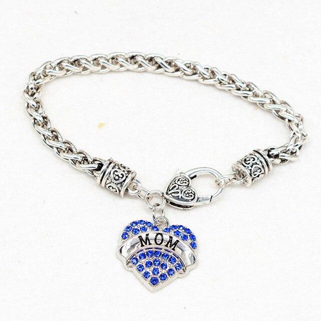 Bracelet with Heart Shaped Charm 'Mom'