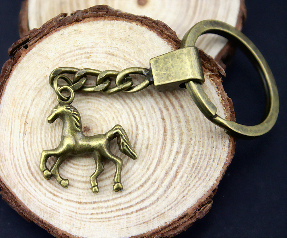 5pcs Home Decor Metal Crafts Party Favors horse Pendants DIY Car Key Ring Holder Souvenir For Gift Optional Package Box