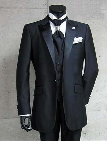 2015 Handsome Black 4 Pieces New Fashion Mens Business Dress Wedding Suit For Men Groom Dresses Best Man Suits Hot Sale