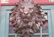 wholesale factory Chinese Pure Bronze HSBC Lions Head Wall Hang Family Decor Art Sculpture