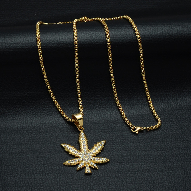 HIP Hop Bling Iced Out Crystal Cannabiss Maple Leaf Charm Necklaces Pendant Gold Filled Titanium Necklace for Men Sports Jewelry 5