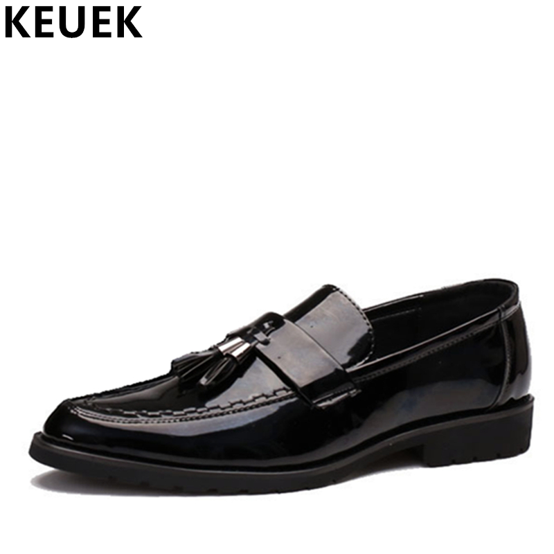 Large size Men Pointed toe leather shoes Slip On Male Fats Luxury Business Tassel shoes Black Loafers Oxfords 02C large size mens luxury fashion party nightclub cow leather shoes slip on breathable rhinestones shoe pointed toe loafers sapatos