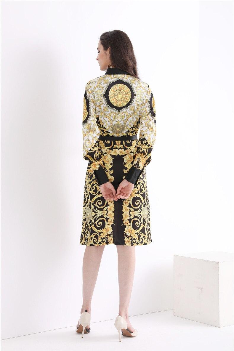 Di alta qualità 2018 di modo di retro stampa sottile cinturino in metallo decorazione del tasto manica lunga casual donna di temperamento del vestito-in Abiti da Abbigliamento da donna su  Gruppo 3