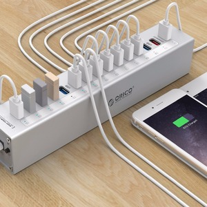 Image 4 - ORICO A3H13P2 Aluminum 13 Ports USB3.0 HUB with 2 Charging Ports 5V2.4A Super Charger / 5V1A Universal  Silver