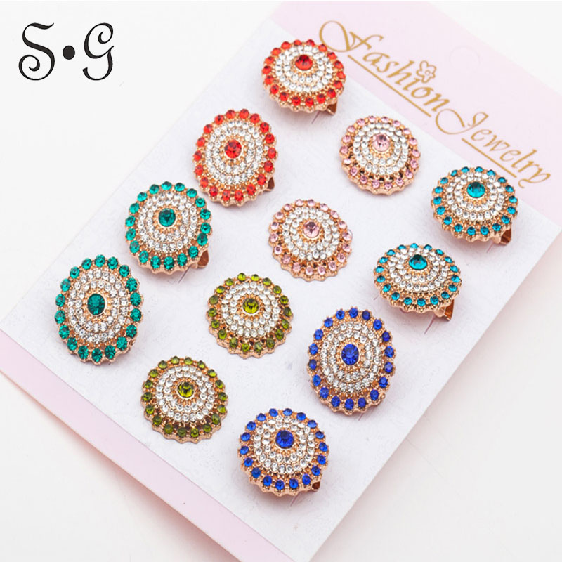 12pcs/lot Brooch Pin Women Crystal Scarf Gold color Jewelry Vintage Trendy Style Corsage Rhinestone Accessory