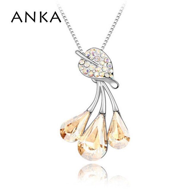 2017 Collares Mujer Collier Jewelry Wholesale Fashion Foliage Pendant Flower Crystal Necklace Crystals from SWAROVSKI #85585