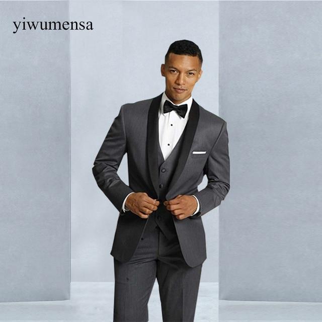 Últimos diseños de pantalones de abrigo chal solapa negro con gris hombres  traje Slim Fit novio 4898f9c123c