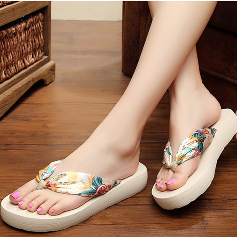 93a803f6ea5c7 Summer Women Slippers Bohemia Anti-slip Thongs Sandals Beach Flip Flops  Platform Female Shoes LDD923