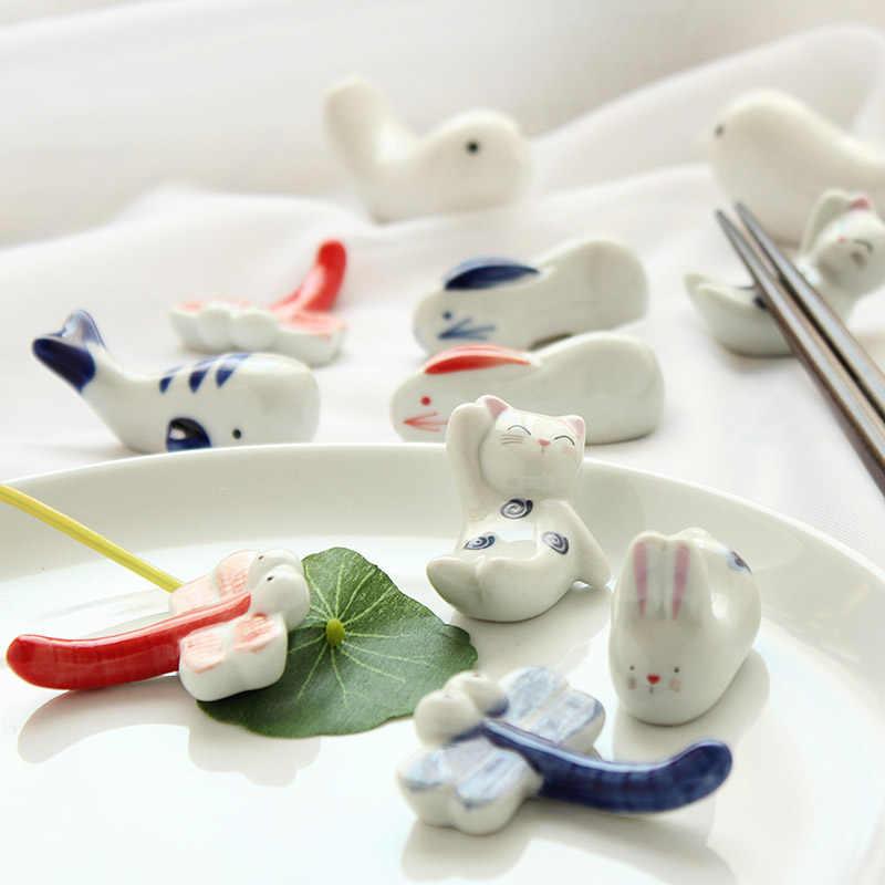 Tangan Lukisan Keramik Hewan Kecil Sumpit Berdiri Pemegang Meja Makan Kecil Dekorasi Aksesoris Segar Hadiah